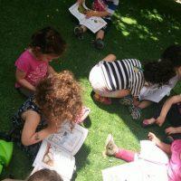 יום שלישי הוא יום ספריית פיג'מה במעון ארלוזרוב. הפעם בפעילות סביב הספר יום שישי של יו יו (מעון ויצו ארלוזרוב תל אביב)