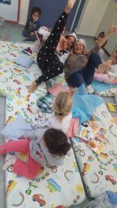 צוות המעון נהנה לא פחות מהילדים ממסיבת הפיג'מה! מעון שיטה נעמת ביבנה